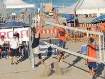 Voleo U19 - U21 de la playa Fotos de archivo