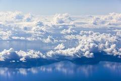 Voler au-dessus des Fidji Images stock