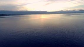Voler au-dessus du Lac de Constance (bodensee) banque de vidéos