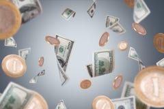 Voler de billets de banque et de pièces de monnaie du dollar Photographie stock libre de droits