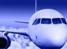 Voler par les nuages Image libre de droits