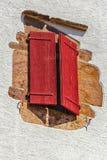 Volet rouge Photographie stock libre de droits