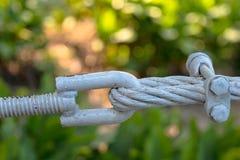Volez l'amitié de concept de câble métallique ou fort photo stock