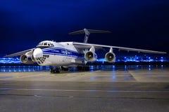 Volga-Dnepr för företag för flyglast IL-76-TD-90 RA-76952 flygbolag Arkivfoton