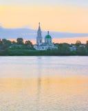 Volga River i Tver, Ryssland royaltyfri bild