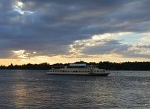 Volga Rivier Stock Fotografie