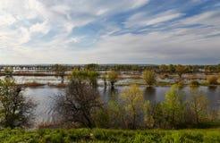 Volga y primavera Imagen de archivo