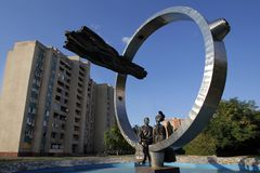 Volgodonsk, Rússia - 07 24 2014: Composição escultural foto de stock
