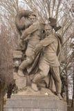 volgograd Россия - 1-ое апреля 2017 Скульптура - сброс давления фашизма на героях придает квадратную форму на холме Mamayev Солда стоковое изображение
