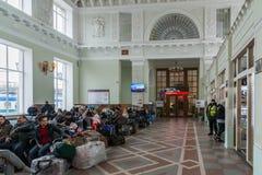 Volgograd Rosja, Listopad, - 04 2016 Poczekalnia przy stacją kolejową Zdjęcia Stock