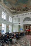 Volgograd Rosja, Listopad, - 04 2016 Poczekalnia przy stacją kolejową Fotografia Royalty Free