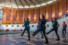 VOLGOGRAD, RUSSIE - 26 MAI 2019 : Changement des gardes de l'honneur à Volgograd photos stock