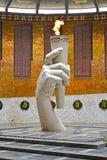 Volgograd Ryssland En evig flamma i Hallen av militär härlighet Royaltyfri Foto