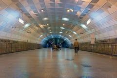 Volgograd Ryssland - November 01 2016 Lenin fyrkant - underjordisk snabb spårvagnstation Arkivfoton