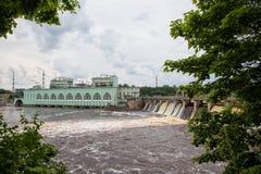Volkhovskaya HPP是一个最旧的水力发电statio 免版税图库摄影