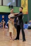 Volkov Iliya y Stasyuk Ekaterina Perform Adult Latin-American Program Imagen de archivo libre de regalías