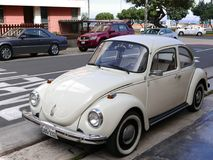 Volkswagen Beetle blanco 1303 en Miraflores, Lima imágenes de archivo libres de regalías