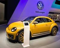 2016 Volkswagen Beetle-Duin Stock Afbeeldingen