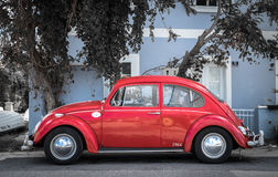 Volkswagen Beetle parqueado fotografía de archivo libre de regalías