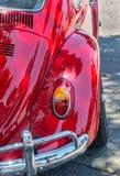 Volkswagen Beetle rosso immagine stock libera da diritti