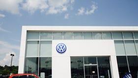 Volkswagen bilåterförsäljare Arkivbilder