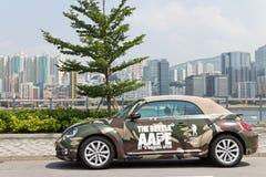 Volkswagen de nieuwe kever 2013 met AAPE-lichaam Stock Afbeeldingen