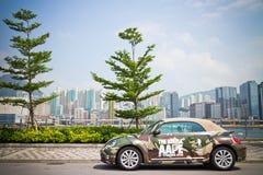 Volkswagen der neue Käfer 2013 mit AAPE-Körper Lizenzfreie Stockfotografie