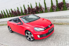 Volkswagen Golf GTI kabrioletu 2013 model Zdjęcia Stock