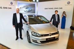 Volkswagen Golf VII modell 2013 Royaltyfri Fotografi