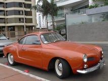 Volkswagen Karmann Ghia i Miraflores Arkivbild