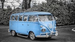 Volkswagen-Lagerbewohner-Hochzeits-Transport Stockfoto