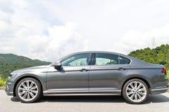 Volkswagen Passat linii 2015 testa Prowadnikowy dzień zdjęcie stock