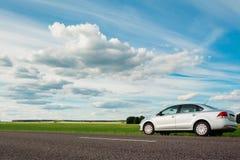 Volkswagen Polo на стороне дороги в сельской местности Gome Стоковые Фото