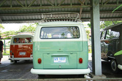 Volkswagen retro tappningbil/splittringbuss Royaltyfri Bild