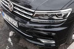 Volkswagen Tiguan, 4x4 ρ-γραμμή, προβολέας Στοκ εικόνες με δικαίωμα ελεύθερης χρήσης