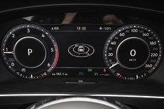 Volkswagen Tiguan, digitale snelheidsmeter Royalty-vrije Stock Foto's