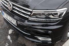 Volkswagen Tiguan, 4x4 r-Lijn, koplamp Royalty-vrije Stock Afbeeldingen