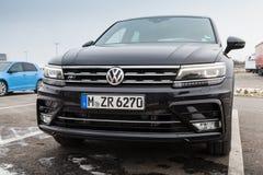 Volkswagen Tiguan, r-Lijn Zwarte, 2017 Stock Fotografie