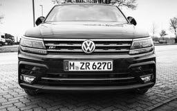 Volkswagen Tiguan 4x4 R-linje 2017 Fotografering för Bildbyråer