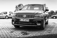 Volkswagen Tiguan, 4x4 R-línea modelo 2017 Foto de archivo libre de regalías