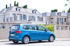 Volkswagen Touran 2016 Stock Photography
