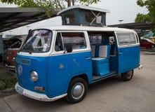 Volkswagen van microbus toont in VW-clubvergadering Stock Foto