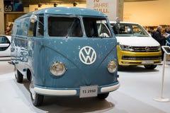 1950年Volkwagen T1搬运车 图库摄影