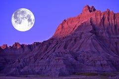 Volle maan in Badlands royalty-vrije stock foto's