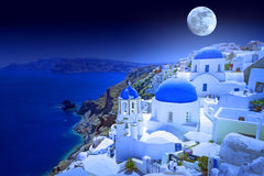 Volle maan over Santorini-eiland Royalty-vrije Stock Foto