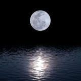 Volle maan over water Stock Foto