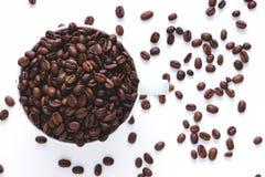 Volle Schale weg von coffe Bohnen Stockfotos