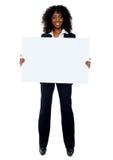 Volledige lengte die van Afrikaanse bedrijfsdame is ontsproten Royalty-vrije Stock Afbeeldingen