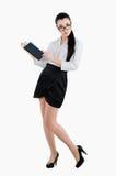 Volledige lichaams bedrijfsvrouw die een pen en een agenda houden Geïsoleerd op wh Royalty-vrije Stock Afbeelding
