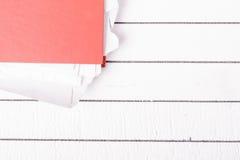Volledige omslag met documenten voor baan en beleid Stock Foto